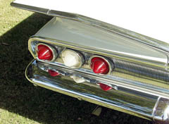 1960 Impala Sport Sedan 31kmiles 13.jpg