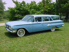 1960 Kingswood Wagon blue 1.JPG