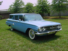 1960 Kingswood Wagon blue 2.JPG