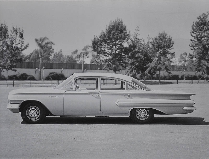 photo-1960Biscayne4drSedan2.jpg